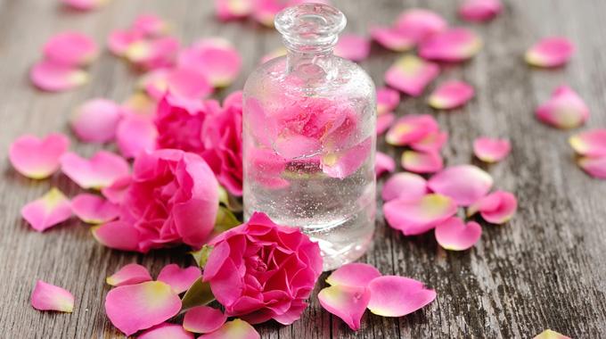 rose water,nari