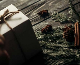 brown paper string gift wrap