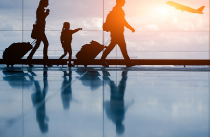 How I Travel With Four Kids - And Enjoy It